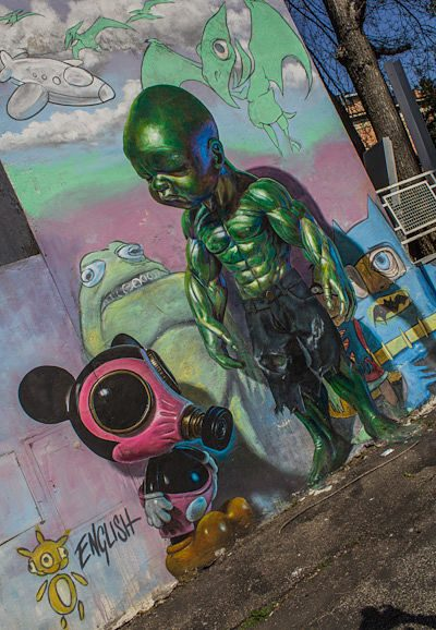 Roma Quadraro Graffiti MURo hulk
