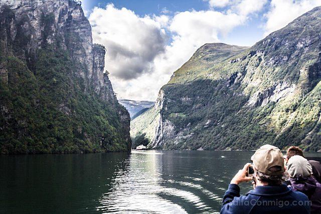 Noruega Geirangerfjord Paso Barco