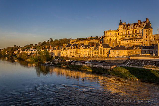 Francia Loira Amboise Puesta Sol