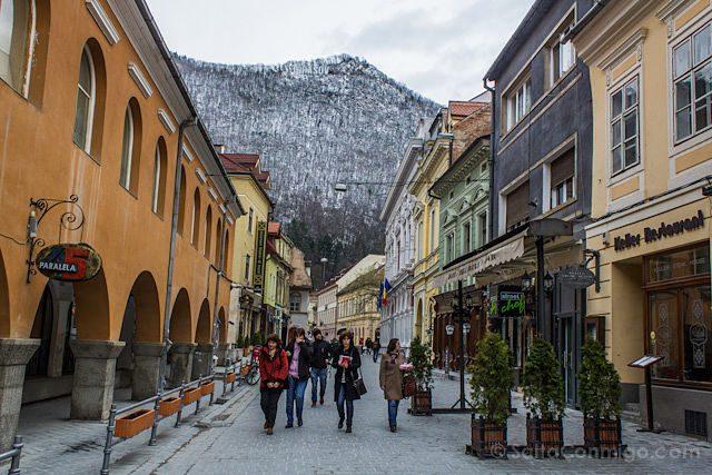 Tour Bucarest Brasov Calles