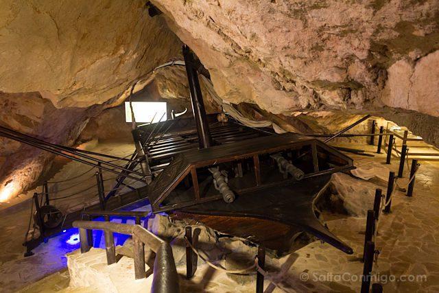 Valencia Cullera Cueva Museo Pirata Dragut Barco