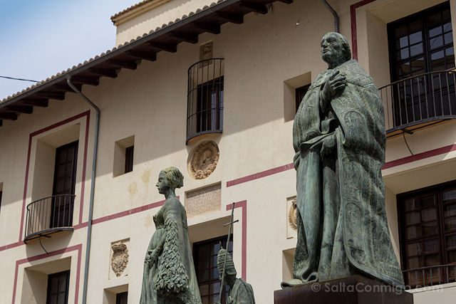Valencia Gandia Colegiata Estatuas Borja Borgia