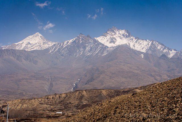 Nepal Kilometro Vertical Annapurnas Poblado Cumbres Nevadas