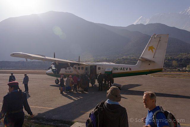 Nepal Kilometro Vertical Jomson Avion