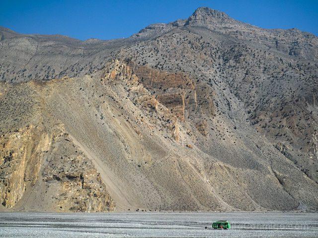Nepal Kilometro Vertical Rio Kali Gandaki Bus