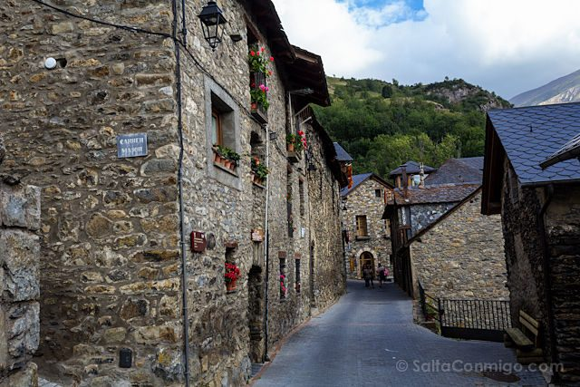 Turismo en la vall de bo mapa qu ver rom nico rutas - Casa rural vall de boi ...
