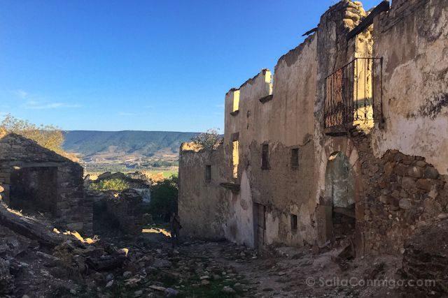 Aragon Esco Pueblo Abandonado