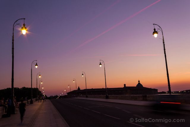 Francia Toulouse Puente Hora Azul