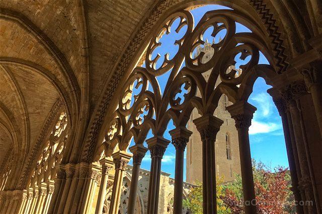 Lleida Seu Vella Catedral Vieja Claustro Campanario