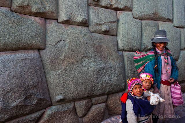 Peru Cuzco Hatun Rumiyoc Doce Angulos