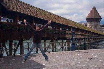 Suiza Lucerna Kapellbrucke Puente Capilla Salto