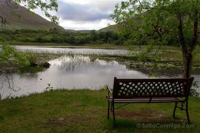 Irlanda Abadia Kylemore Banco Lago