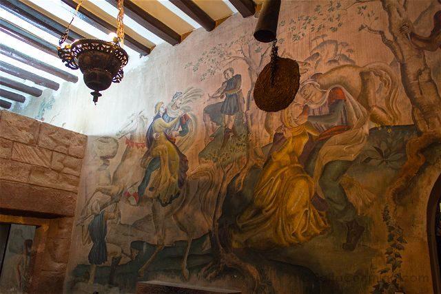 Tarragona Baix Camp Castillo Escornalbou Monasterio Casa  Toda Cocina Diablo
