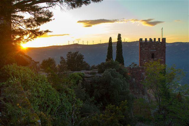 Tarragona Baix Camp Castillo Escornalbou Monasterio Puesta Sol