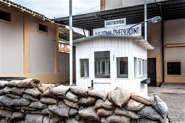 Burgos Belorado Museo Radiotransmision Inocencio Bocanegra Entrada Checkpoint Charlie