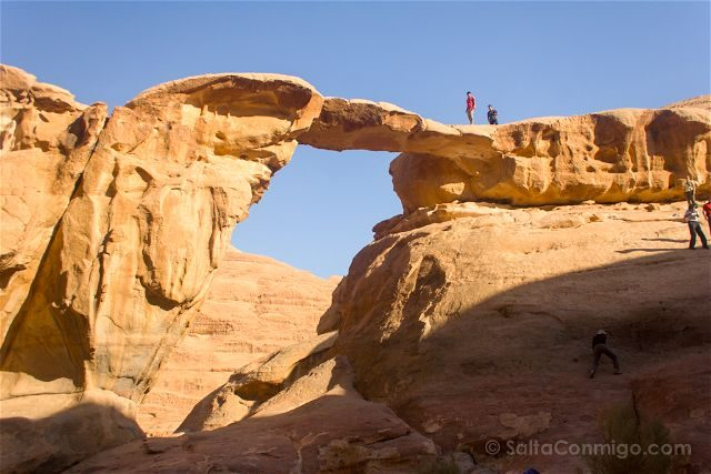 Jordania Desierto Rojo Wadi Rum Puente Rocoso Rakahbt al-Wadak