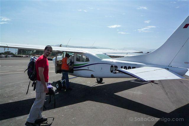 Peru Lineas Nazca Avioneta Subiendo