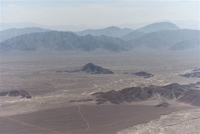 Peru Lineas Nazca Paisaje Pampa