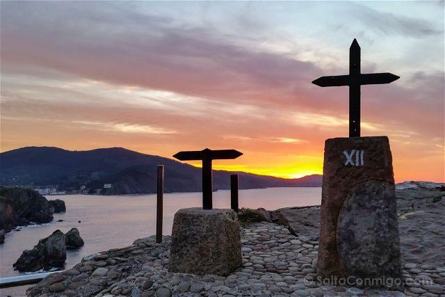 Costa Vasca Bizkaia San Juan Gaztelugatxe Puesta Sol Viacrucis