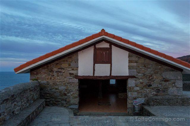 Costa Vasca Bizkaia San Juan Gaztelugatxe Refugio