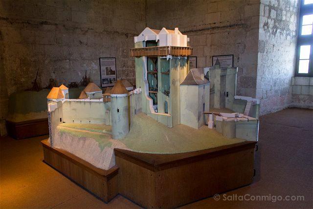 Francia Valle Loira Ciudadela Real Loches Castillo Medieval Maqueta