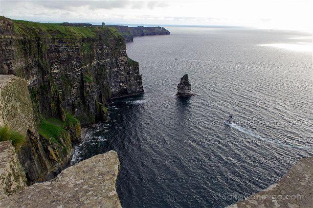 Irlanda Cliffs Acantilados Moher Barco