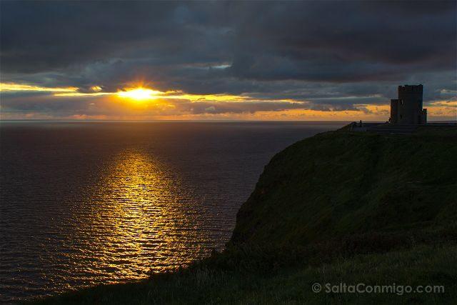 Irlanda Cliffs Acantilados Moher Puesta Sol Torre O'Brien