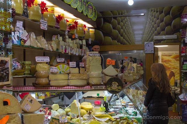 Italia Bologna Bolonia Mercato Erbe Queseria