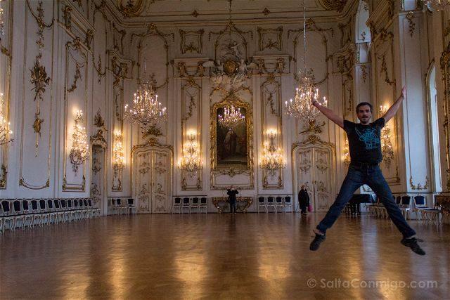 Republica Checa Kromeriz Palacio Arzobispal Castillo Sala Asamblea Snemovni Sal Salto