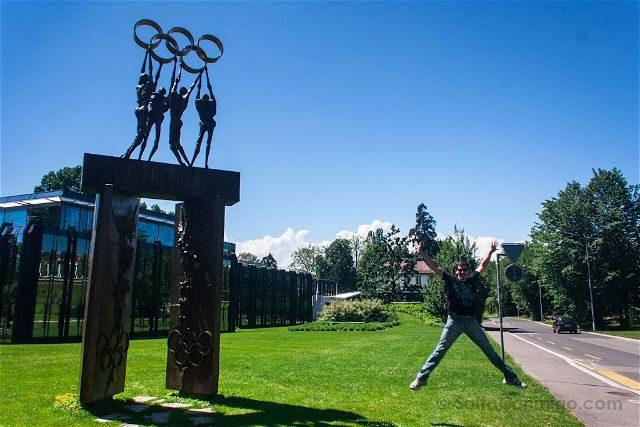 Suiza Lausana Comite Olimpico Internacional Salto