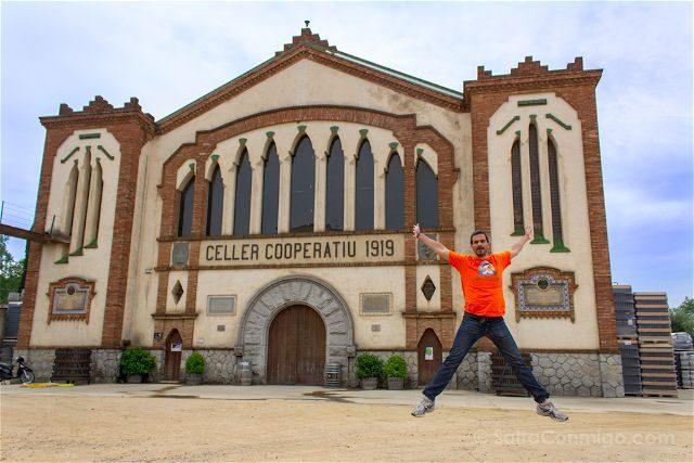 Tarragona Falset Celler Catedral Vino Modernista Salto