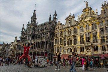 Belgica Bruselas Grand Place Salto