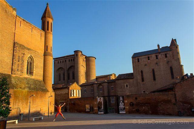 Francia Midi-Pyrenees Albi Palacio Berbie Museo Toulouse Lautrec Salto