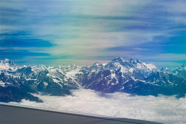 Butan Montañas Avion