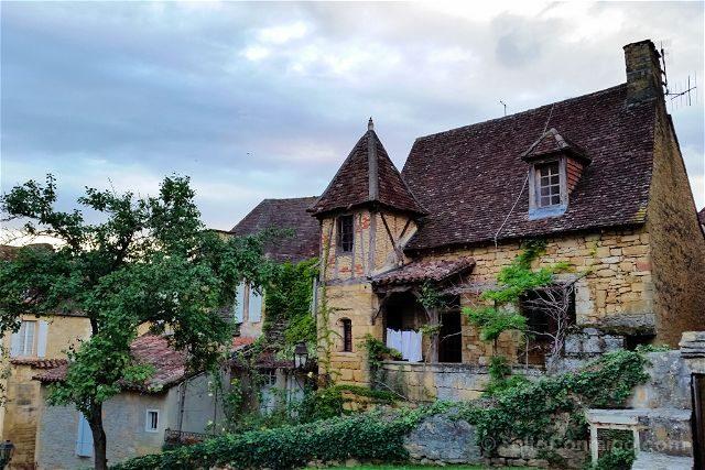 Francia Aquitania Sarlat Calles