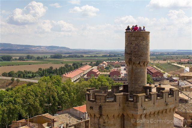 Navarra Olite Palacio Real Torre Atalaya Joyosa Guarda