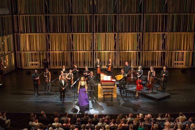 Belgica Flandes Brujas MAFestival Concertgebouw Escenario Saludo