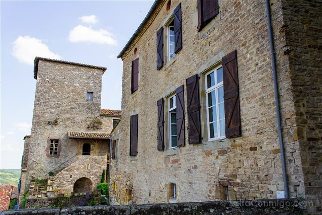 Francia Midi-Pyrenees Cordes-sur-ciel Casas