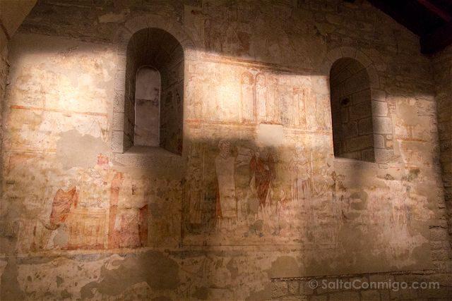 Zaragoza Sos del Rey Catolico Iglesia San Martin Tours Frescos