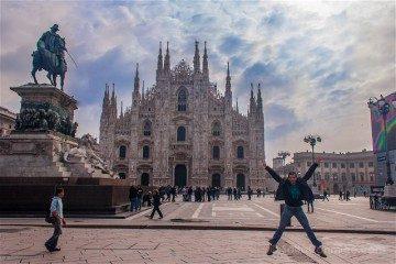 Italia Milan Piazza Duomo Salto