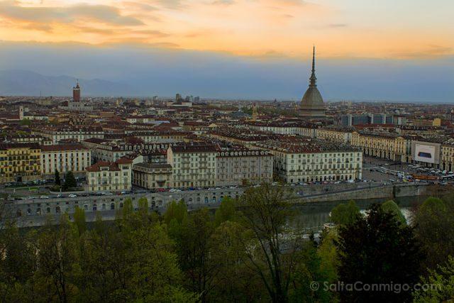 Italia Turin Monte Capuccini Santa Maria Puesta Sol
