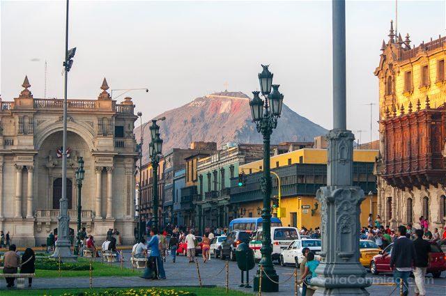 Peru Lima Plaza Armas Cerro San Andres