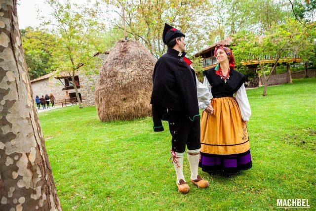 Asturias Gijon Trajes Tradicionales Machbel