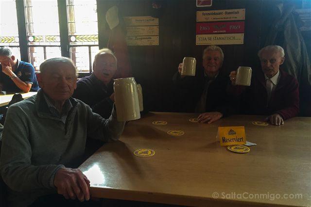 Austria Salzburgo Cerveceria Agustinos Felix Salud