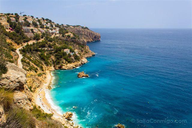 Alicante Javea Xabia Cala Ambolo Derecha