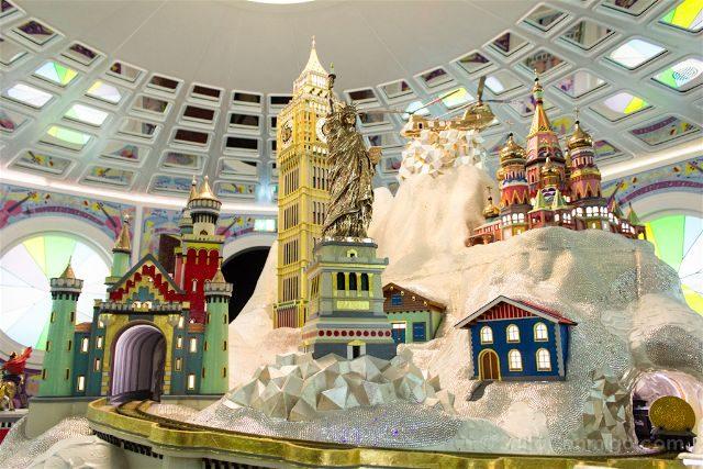 Austria Innsbruck Wattens Mundo Cristal Swarovski Camara Maravillas Studio Job Wunderkammer