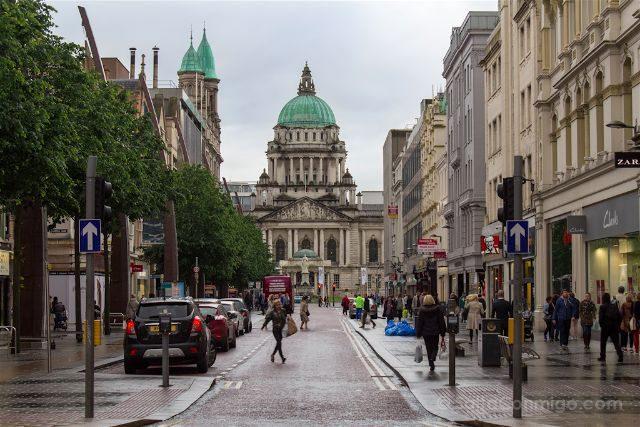 Irlanda Norte Belfast Centro Ayuntamiento Lluvia