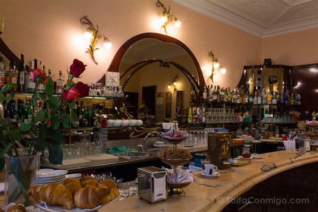 Italia Turin Cafe Historico Fiorio Barra
