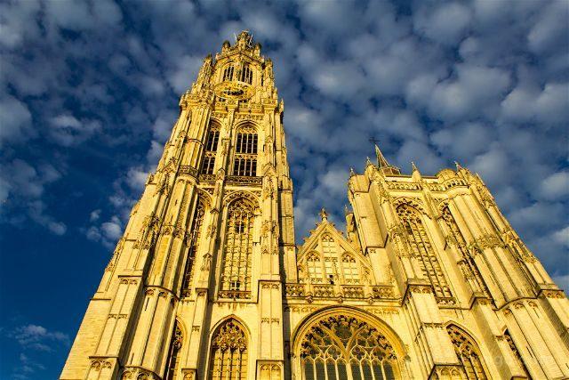 Belgica Flandes Amberes Catedral Nuestra Senora