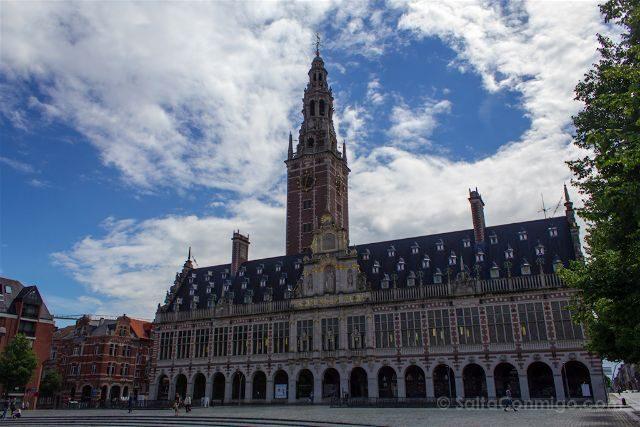 Belgica Flandes Lovaina Universidad Biblioteca Edificio Torre